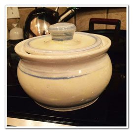 Pottery Rice Cooker